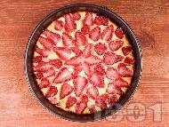 Вкусен ягодов чийзкейк с извара, канела и ванилия (с желатин)
